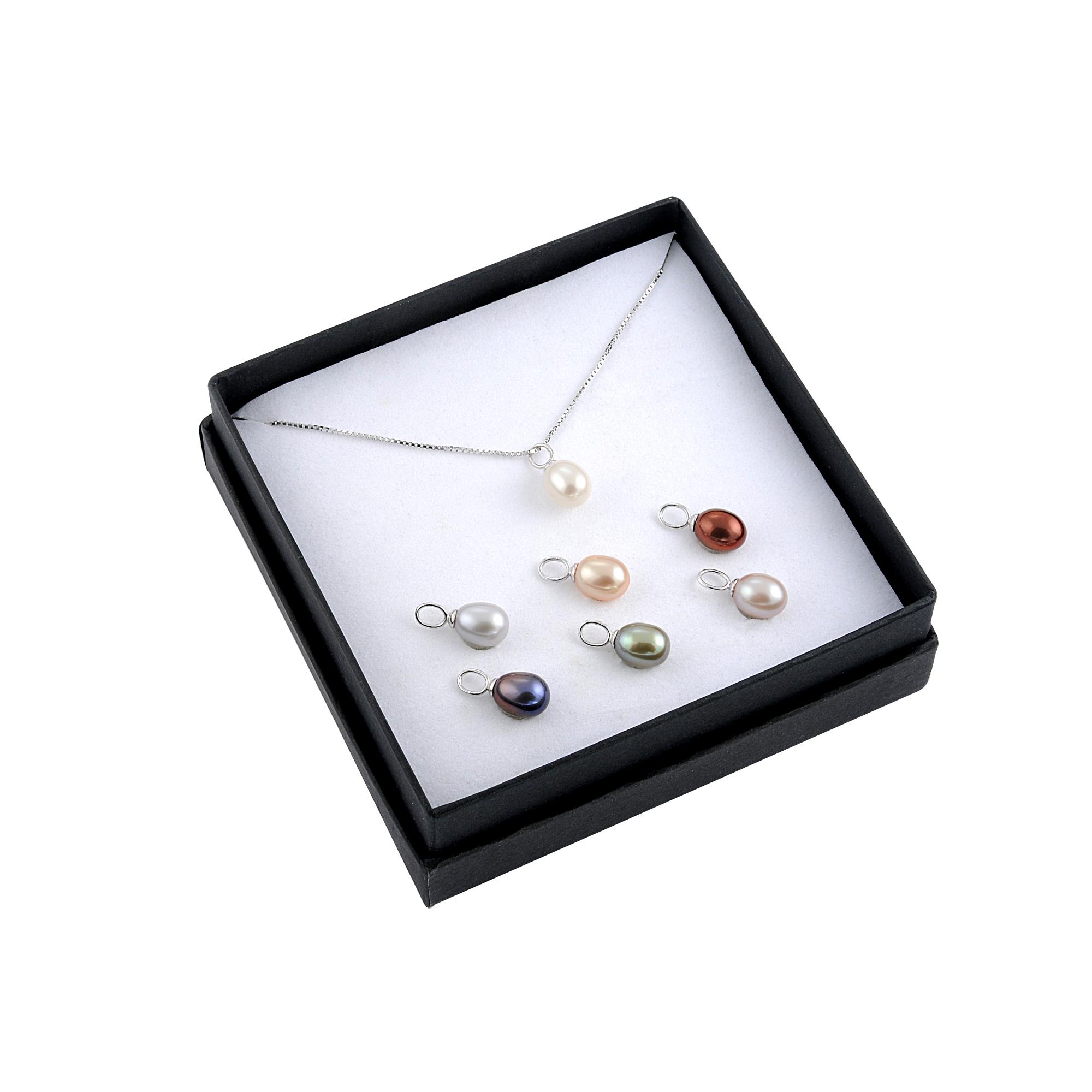 Pendentif en argent avec Perles d`Eau Douce assorties (8mm) - chaîne de 18 pouces incluse