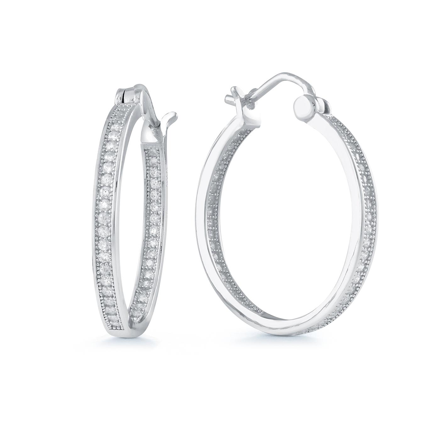 Boucles d'oreilles anneaux en argent sterling sertis de zircons cubiques