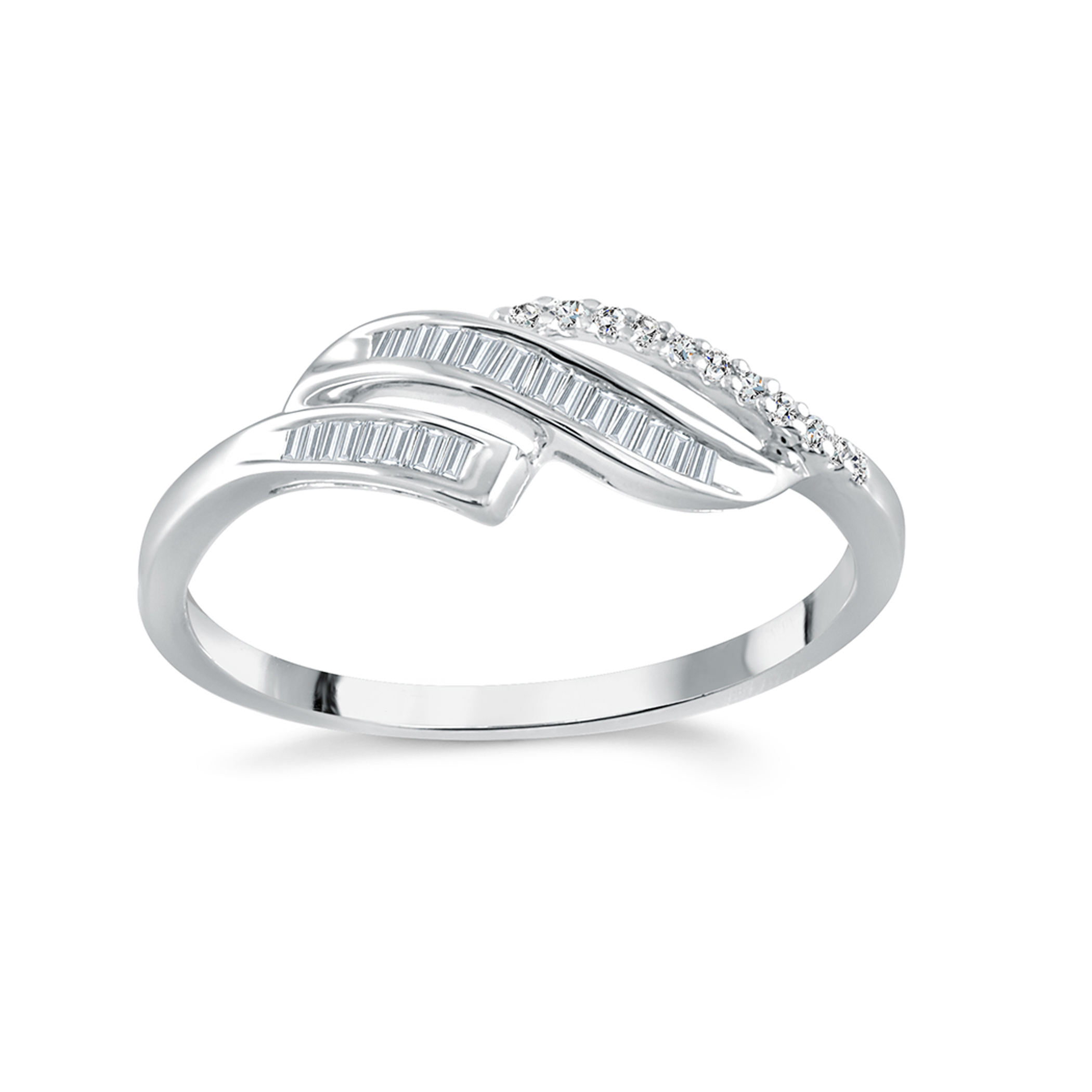 Bague sertie de diamants totalisant 0.12 Carats Pureté:I Couleur:GH - en Or blanc 10K