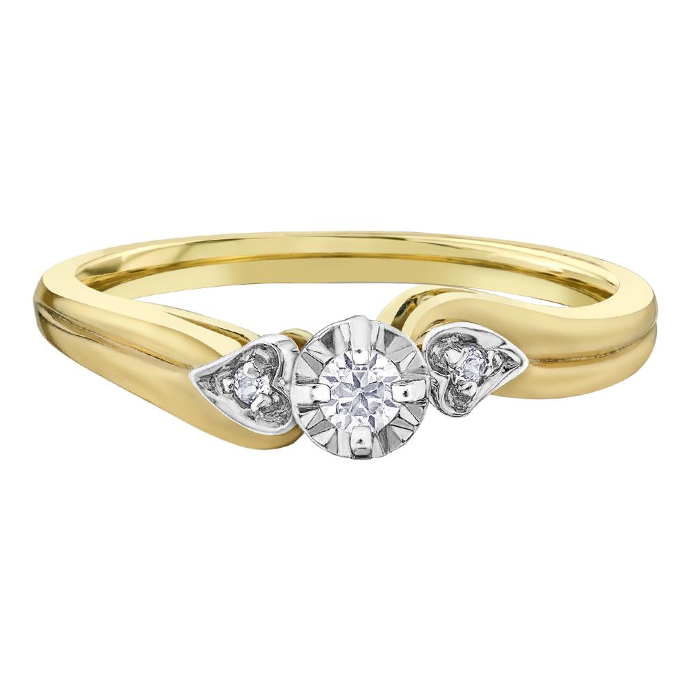 Engagement ring - 10K yellow Gold & Canadian Diamonds 0.06 Carat T.W.