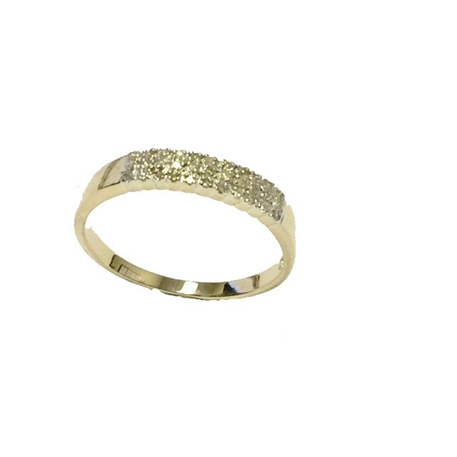 Bague sertie de diamants totalisant 0.10 Carats - en or jaune 10K