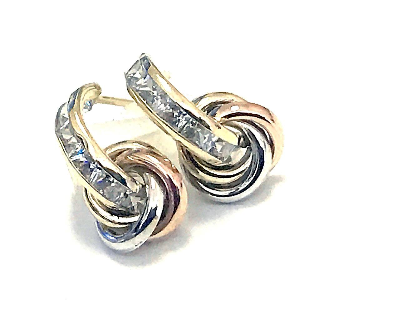 Boucles d'oreilles à breloques noeuds - Or 3 tons 10K & Zircons cubiques