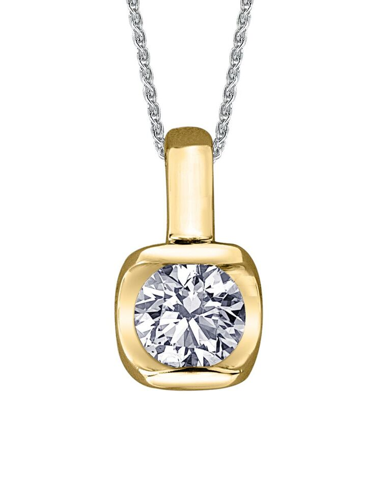 Éclat du Nord pendant for woman - 10K yellow gold & Canadian diamond 0.15 Carat TW