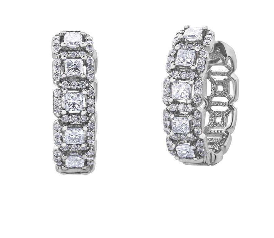 Boucles d'oreilles anneaux pour femme - Or blanc 14K & Diamants totalisant 1.05 Carat