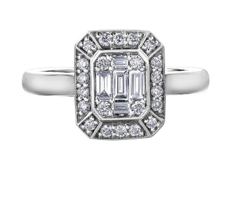 Ring for woman - 14K white Gold & Diamonds T.W. 0.37 Carat
