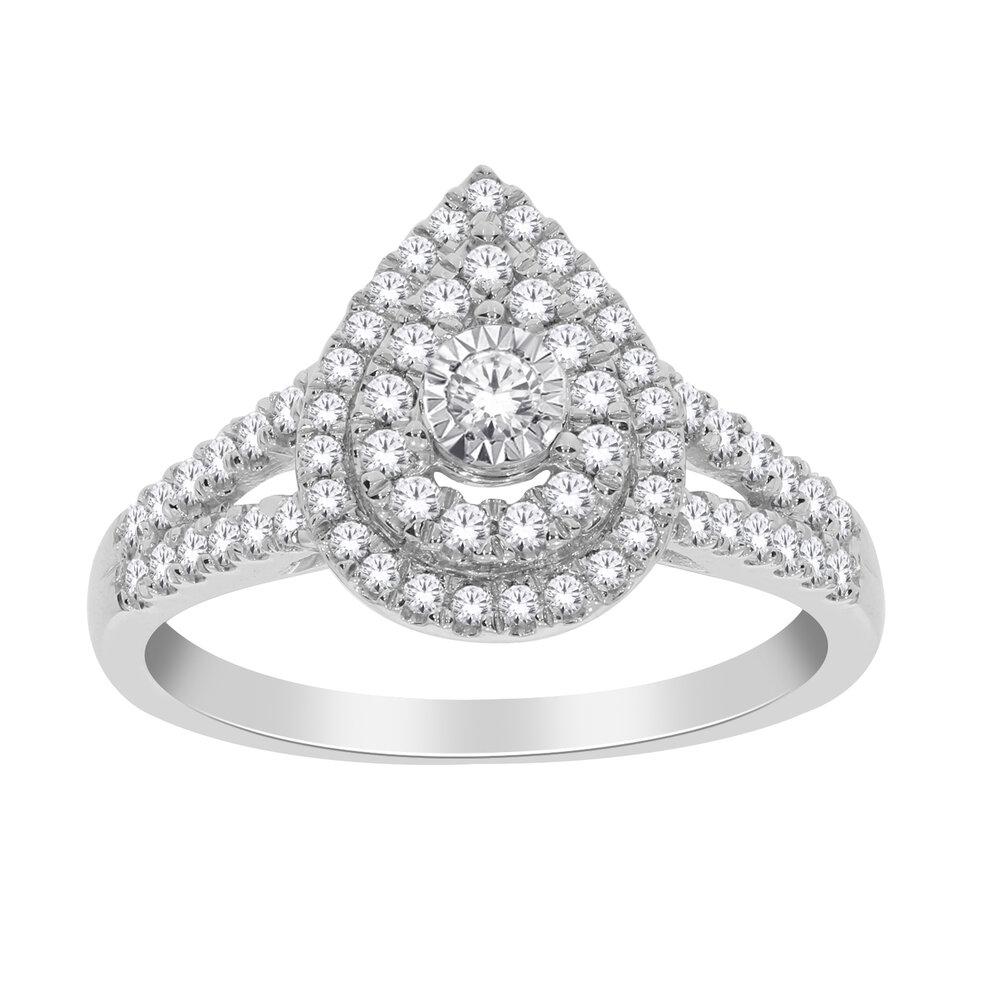 Bague en forme de poire en or blanc 10k avec diamants totalisant 50 pts