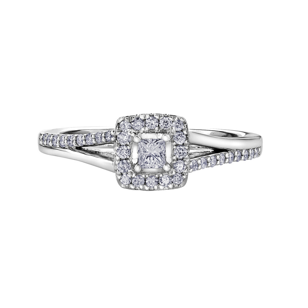 Engagement ring - 10K white Gold & Canadian diamond 30 pts