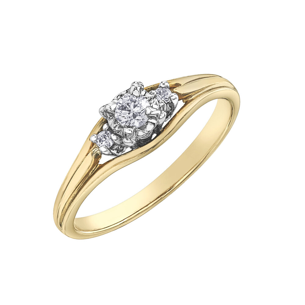 Engagement ring - 10K yellow gold & canadian diamonds T.W. 7 pts