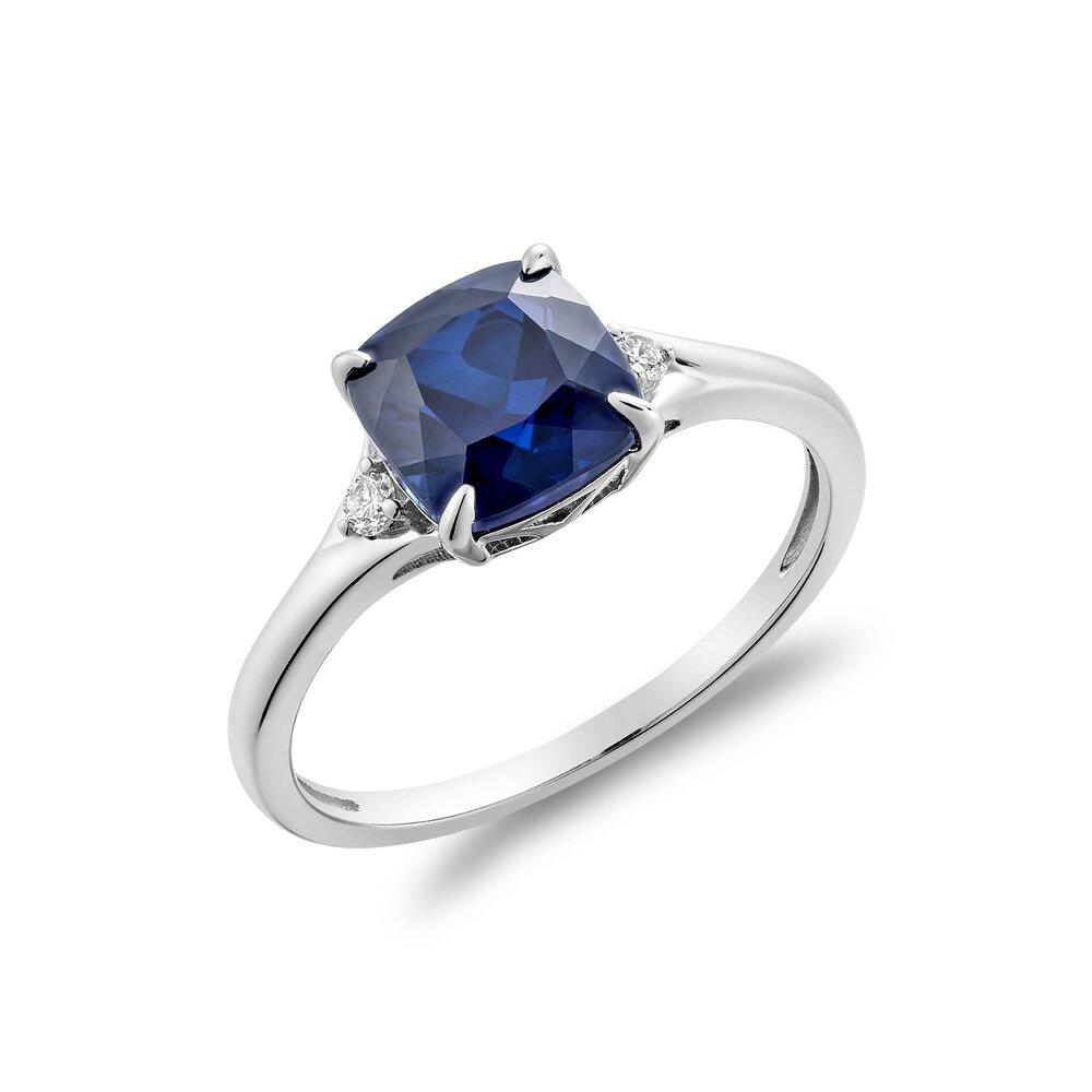 Bague saphir en pierre véritable en or blanc10k avec diamant totalisant 5 pts.